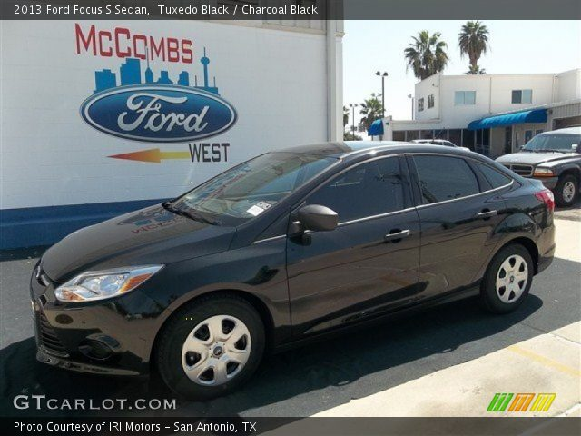Tuxedo Black - 2013 Ford Focus S Sedan - Charcoal Black ...