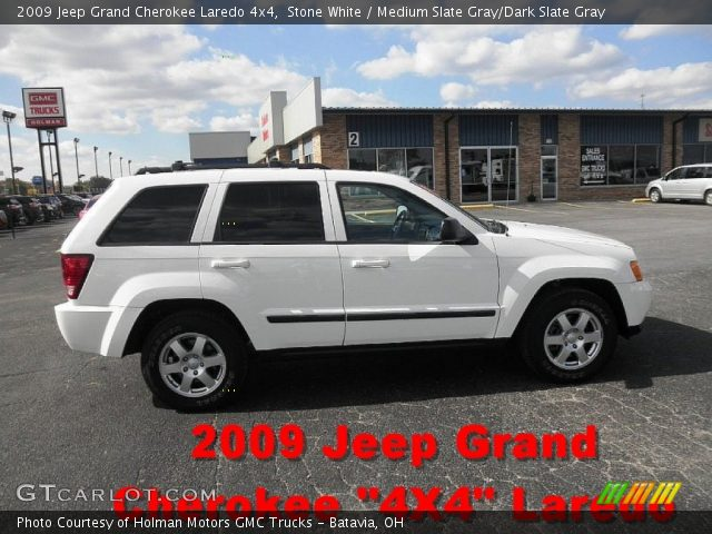 stone white 2009 jeep grand cherokee laredo 4x4 medium slate gray dark slate gray interior. Black Bedroom Furniture Sets. Home Design Ideas