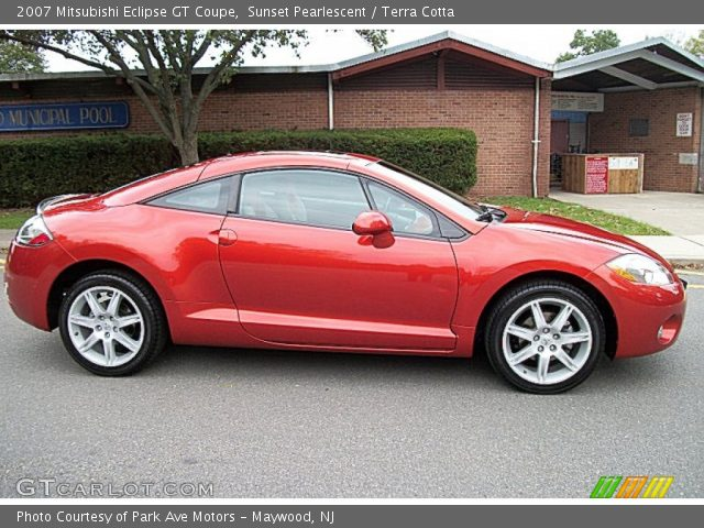 sunset pearlescent 2007 mitsubishi eclipse gt coupe terra cotta interior. Black Bedroom Furniture Sets. Home Design Ideas