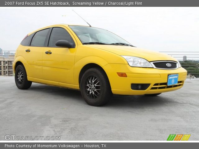 screaming yellow 2007 ford focus zx5 se hatchback. Black Bedroom Furniture Sets. Home Design Ideas