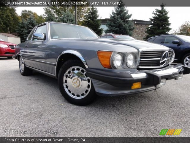 1988 Mercedes-Benz SL Class 560 SL Roadster in Grey Pearl