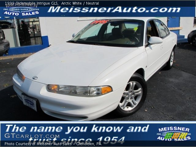 1999 Oldsmobile Intrigue GLS in Arctic White