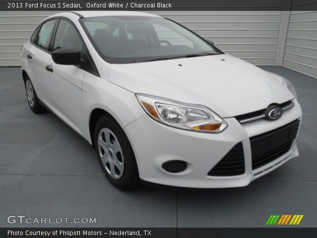 Oxford White - 2013 Ford Focus S Sedan - Charcoal Black ...