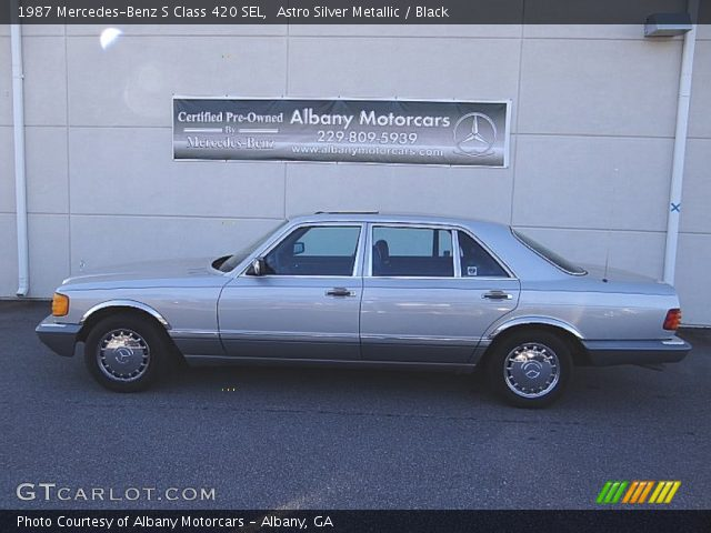 1987 Mercedes-Benz S Class 420 SEL in Astro Silver Metallic