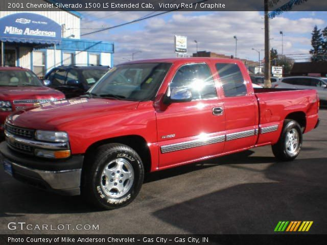 2001 Chevrolet Silverado 1500 LS Extended Cab in Victory Red