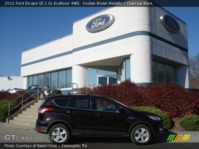 kodiak brown metallic 2013 ford escape se 2 0l ecoboost 4wd charcoal black interior. Black Bedroom Furniture Sets. Home Design Ideas