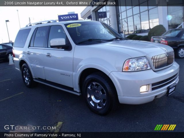 oxford white 2006 lincoln navigator luxury 4x4. Black Bedroom Furniture Sets. Home Design Ideas