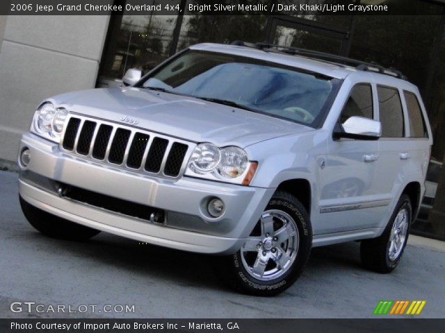 bright silver metallic 2006 jeep grand cherokee overland 4x4 dark khaki light graystone. Black Bedroom Furniture Sets. Home Design Ideas