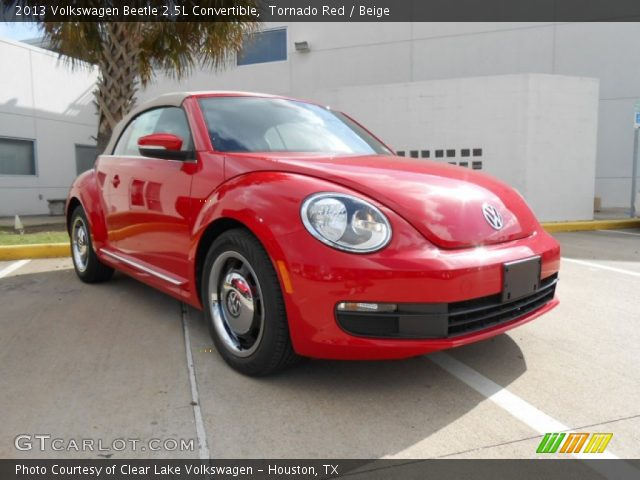 tornado red 2013 volkswagen beetle 2 5l convertible. Black Bedroom Furniture Sets. Home Design Ideas