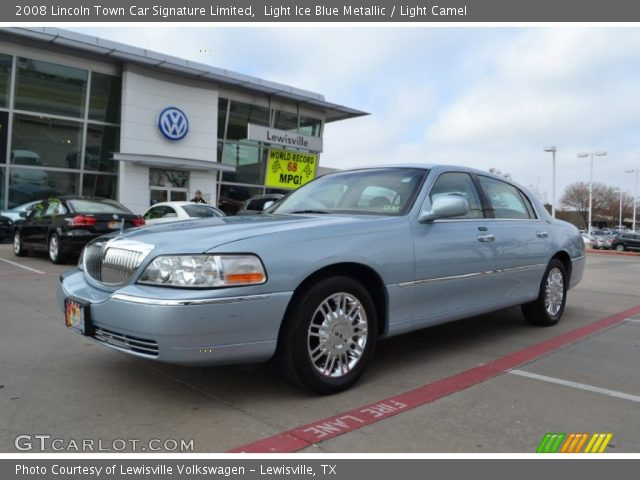 light ice blue metallic 2008 lincoln town car signature. Black Bedroom Furniture Sets. Home Design Ideas