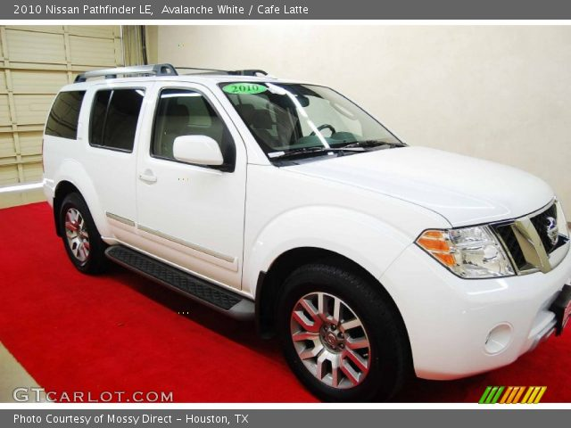 avalanche white 2010 nissan pathfinder le cafe latte. Black Bedroom Furniture Sets. Home Design Ideas
