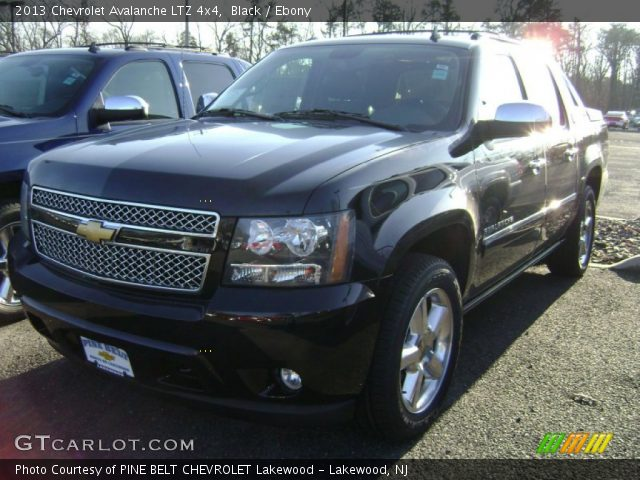 black 2013 chevrolet avalanche ltz 4x4 ebony interior vehicle archive 74850537. Black Bedroom Furniture Sets. Home Design Ideas