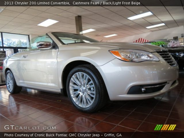 cashmere pearl 2013 chrysler 200 limited convertible. Black Bedroom Furniture Sets. Home Design Ideas