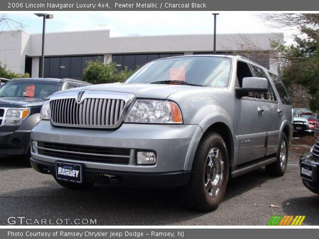 pewter metallic 2006 lincoln navigator luxury 4x4. Black Bedroom Furniture Sets. Home Design Ideas