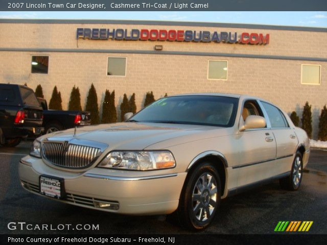 cashmere tri coat 2007 lincoln town car designer light camel interior. Black Bedroom Furniture Sets. Home Design Ideas