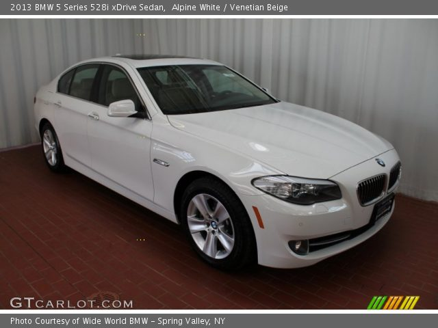 alpine white 2013 bmw 5 series 528i xdrive sedan venetian beige interior. Black Bedroom Furniture Sets. Home Design Ideas