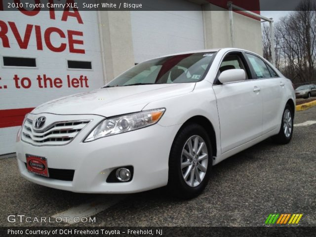 super white 2010 toyota camry xle bisque interior. Black Bedroom Furniture Sets. Home Design Ideas