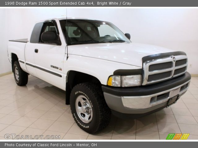 bright white 1998 dodge ram 1500 sport extended cab 4x4 gray interior. Black Bedroom Furniture Sets. Home Design Ideas