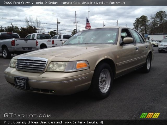 harvest gold metallic 2000 ford crown victoria lx sedan medium parchment interior gtcarlot. Black Bedroom Furniture Sets. Home Design Ideas