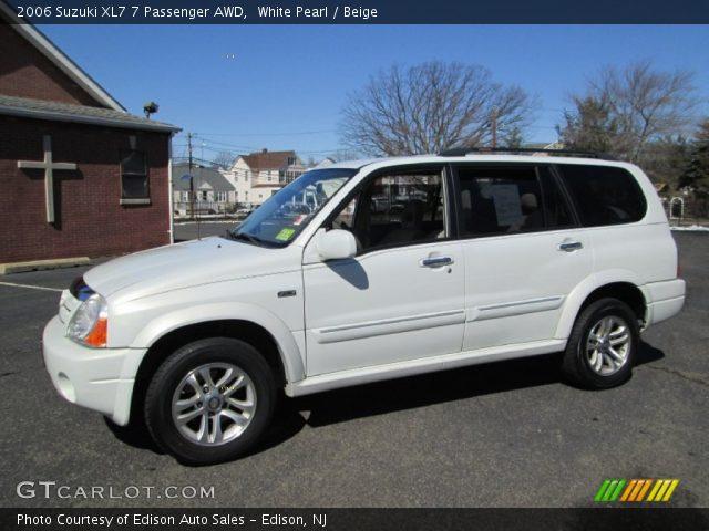 2006 Suzuki XL7 7 Passenger AWD in White Pearl