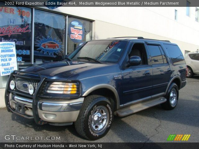 medium wedgewood blue metallic 2002 ford expedition eddie bauer 4x4 medium parchment. Black Bedroom Furniture Sets. Home Design Ideas
