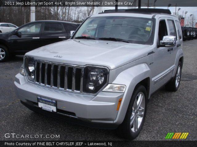 bright silver metallic 2011 jeep liberty jet sport 4x4. Black Bedroom Furniture Sets. Home Design Ideas