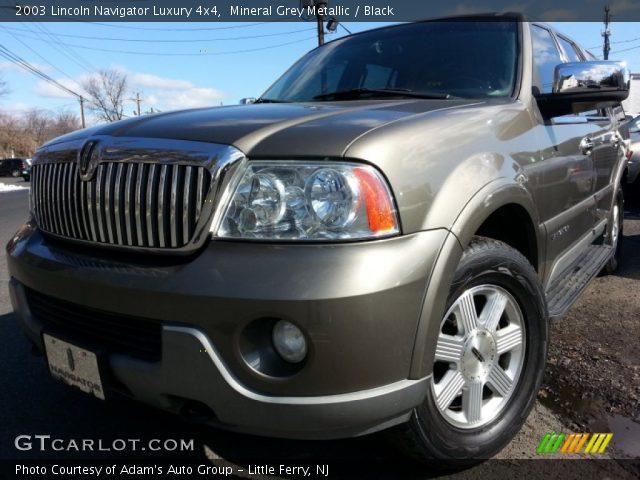 Mineral Grey Metallic 2003 Lincoln Navigator Luxury 4x4 Black Interior