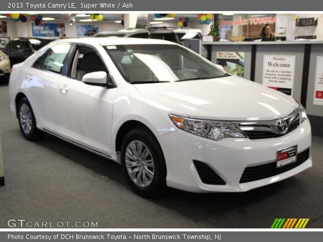 super white 2013 toyota camry le ash interior vehicle archive 78852131. Black Bedroom Furniture Sets. Home Design Ideas