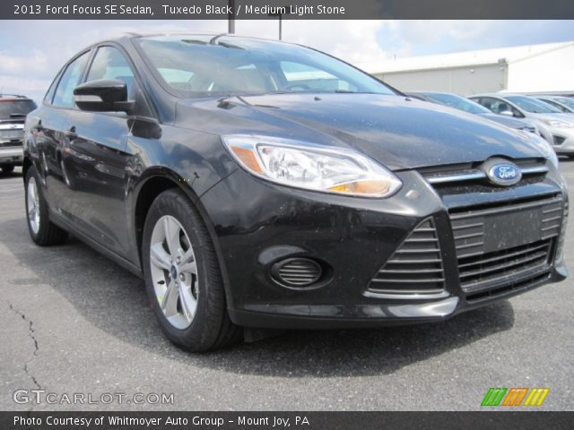 Tuxedo Black - 2013 Ford Focus SE Sedan - Medium Light ...