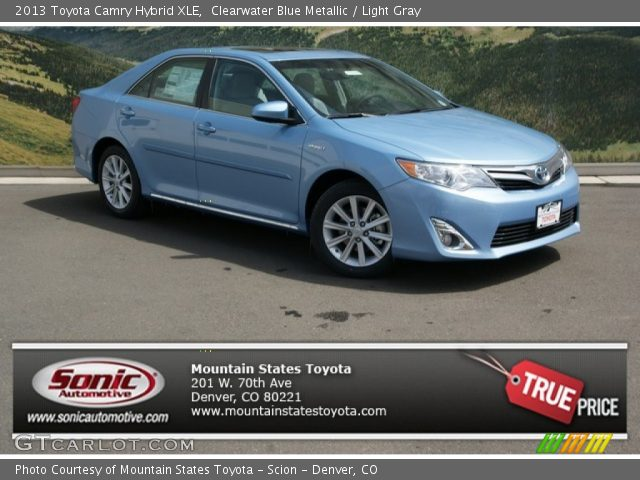 clearwater blue metallic 2013 toyota camry hybrid xle light gray interior. Black Bedroom Furniture Sets. Home Design Ideas