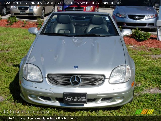 Brilliant silver metallic 2001 mercedes benz slk 320 for 2001 mercedes benz slk320