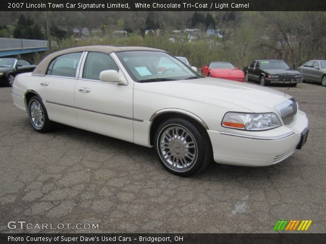 white chocolate tri coat 2007 lincoln town car signature limited light camel interior. Black Bedroom Furniture Sets. Home Design Ideas