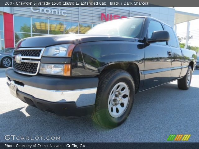 2007 Chevrolet Silverado 1500 Classic LS Extended Cab in Black