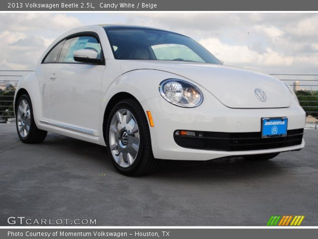 candy white 2013 volkswagen beetle 2 5l beige interior. Black Bedroom Furniture Sets. Home Design Ideas