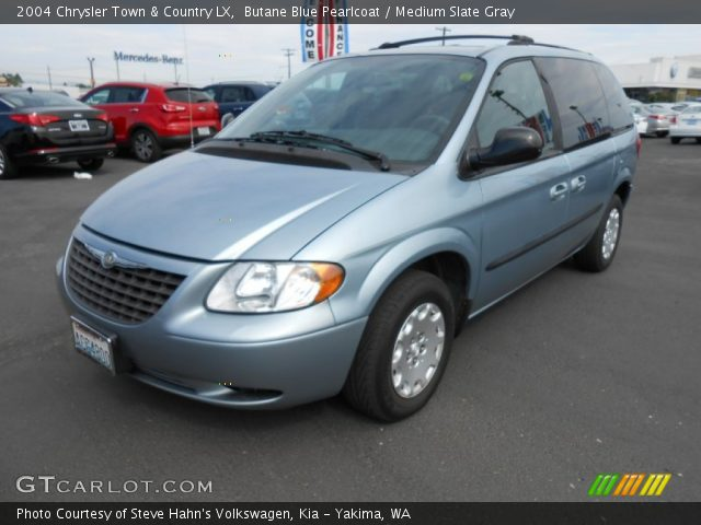 Butane blue pearlcoat 2004 chrysler town country lx for Stone s town country motors