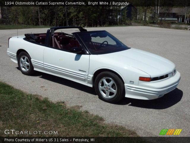 1994 Oldsmobile Cutlass Supreme Convertible in Bright White