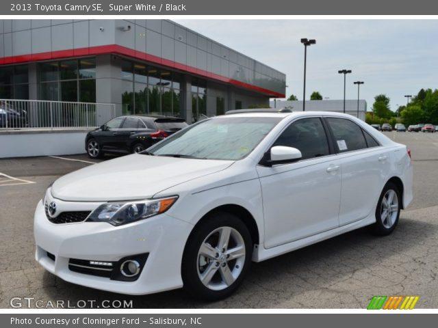 Super White 2013 Toyota Camry Se Black Interior Vehicle Archive 81127715