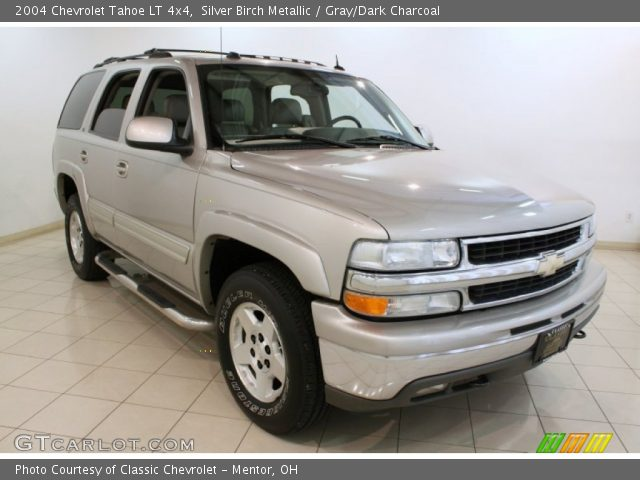 silver birch metallic 2004 chevrolet tahoe lt 4x4 gray. Black Bedroom Furniture Sets. Home Design Ideas