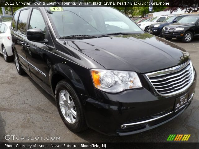 brilliant black crystal pearl 2012 chrysler town country touring black light graystone. Black Bedroom Furniture Sets. Home Design Ideas