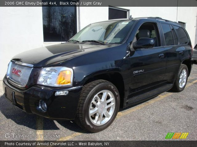 autos weekend 2006 gmc envoy denali features with. Black Bedroom Furniture Sets. Home Design Ideas