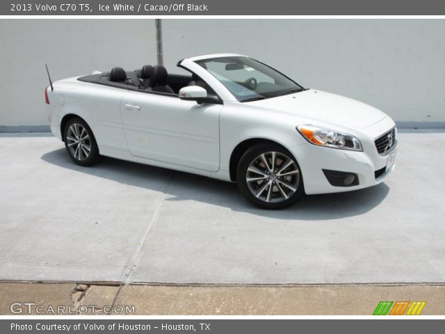 ice white 2013 volvo c70 t5 cacao off black interior vehicle archive 81349422. Black Bedroom Furniture Sets. Home Design Ideas