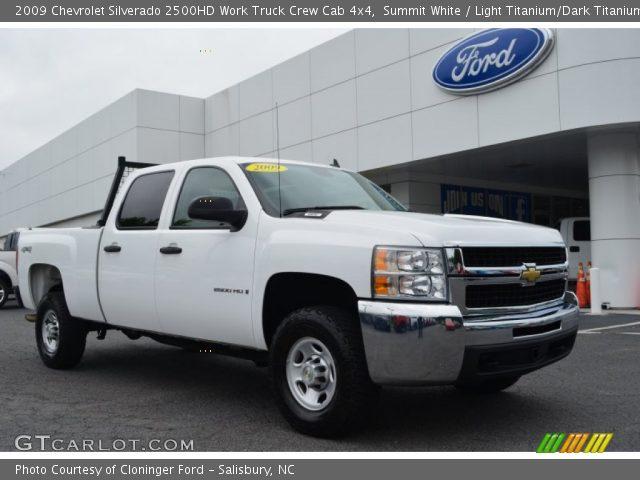 summit white 2009 chevrolet silverado 2500hd work truck crew cab 4x4 light titanium dark. Black Bedroom Furniture Sets. Home Design Ideas