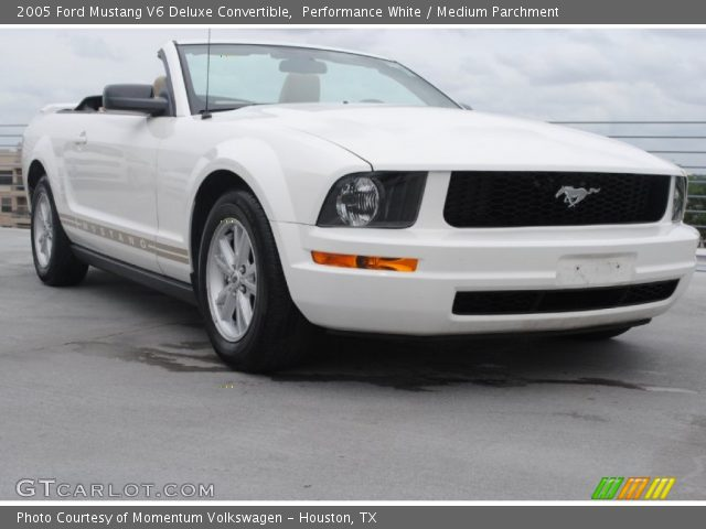 performance white 2005 ford mustang v6 deluxe convertible medium parchment interior. Black Bedroom Furniture Sets. Home Design Ideas