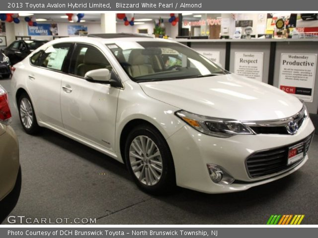 blizzard white pearl 2013 toyota avalon hybrid limited almond interior. Black Bedroom Furniture Sets. Home Design Ideas