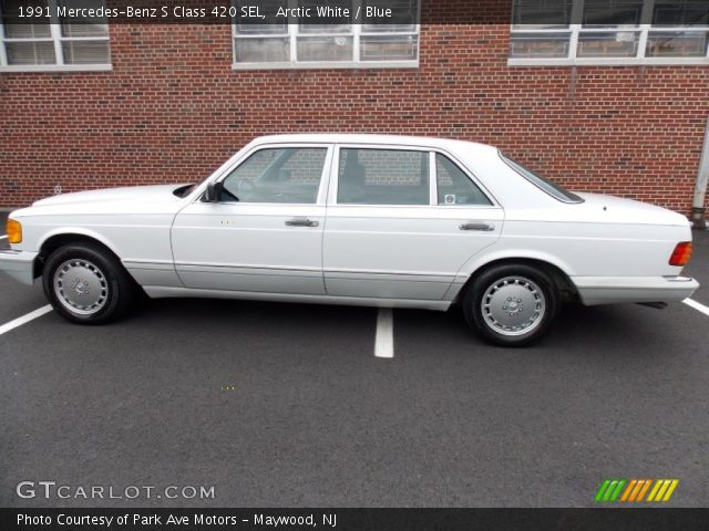 1991 Mercedes-Benz S Class 420 SEL in Arctic White