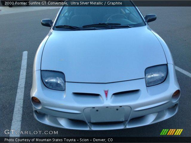 2000 Pontiac Sunfire GT Convertible in Ultra Silver Metallic