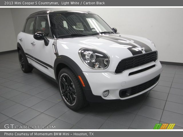 2013 Mini Cooper S Countryman in Light White