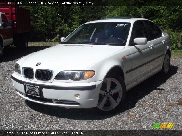 alpine white 2004 bmw 3 series 330xi sedan grey. Black Bedroom Furniture Sets. Home Design Ideas