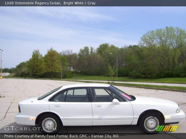 1998 Oldsmobile Regency Sedan in Bright White