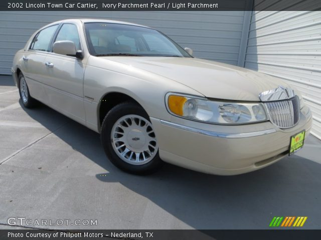 ivory parchment pearl 2002 lincoln town car cartier light parchment interior. Black Bedroom Furniture Sets. Home Design Ideas